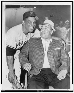 Willie Mays stands by Campy.